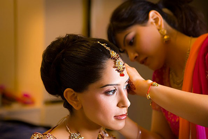 Beauty parlour booking for Hindu wedding
